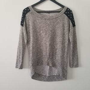 Jolie light weight sweater size small